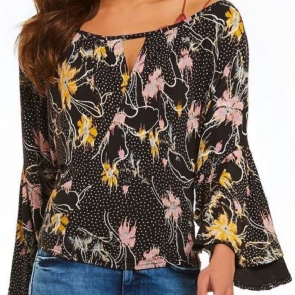 f798f973e4ade NWT Free Last Time Floral Print Draped Bell Sleeve